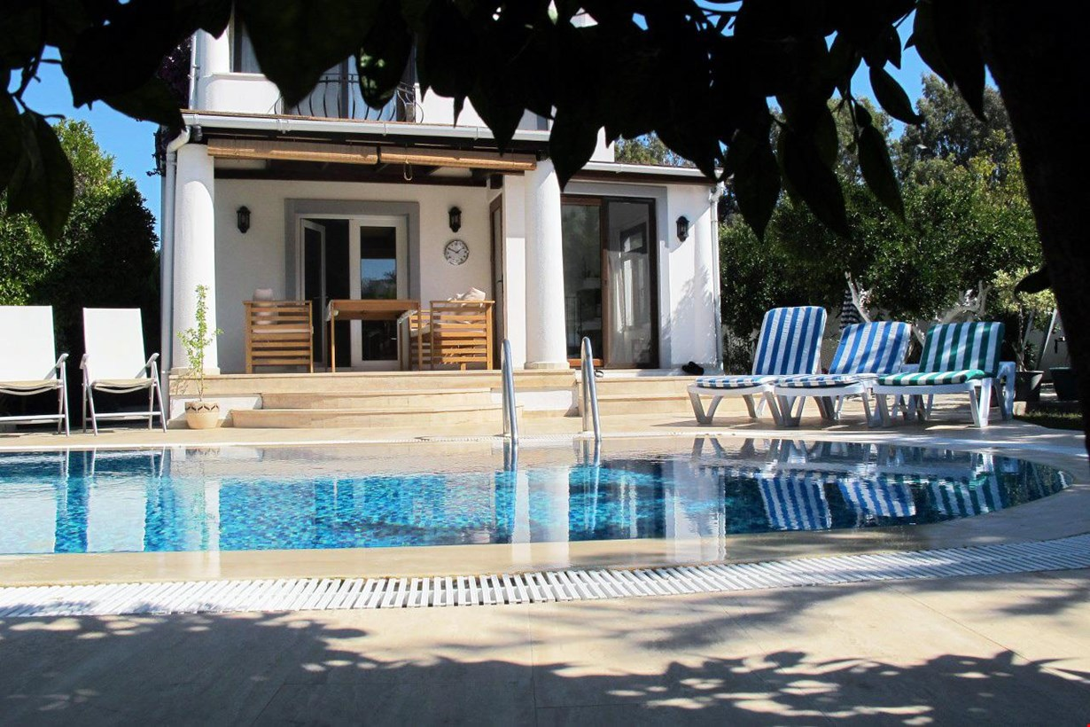 Villa Adanur