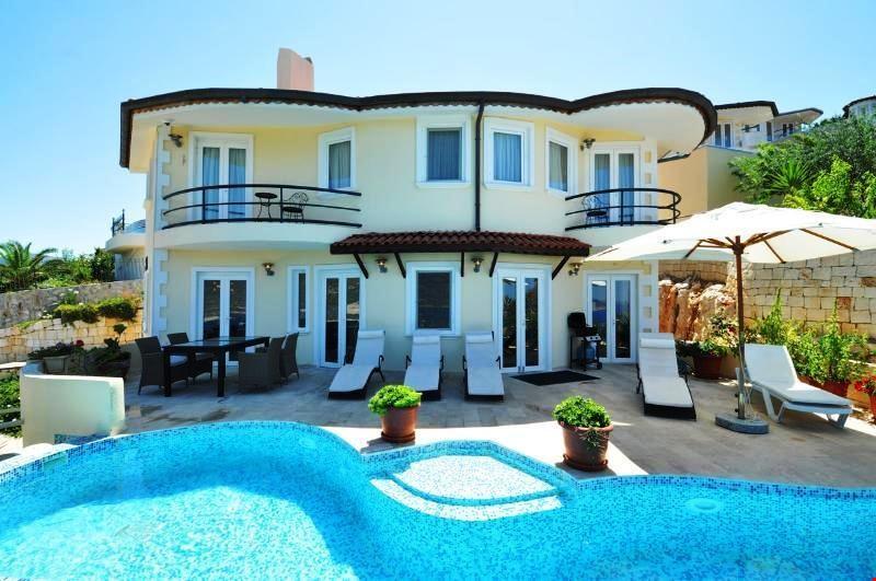 Villa Aybel