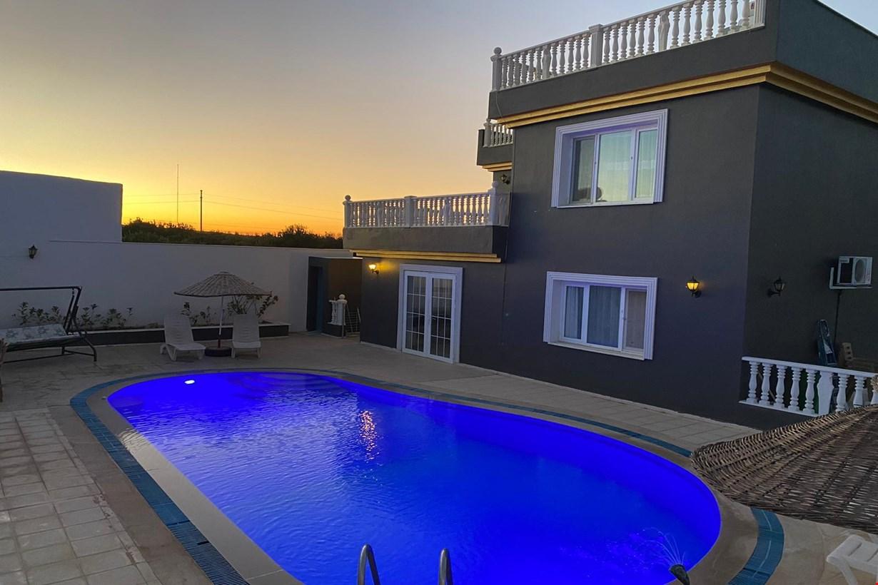 Villa Günbatımı