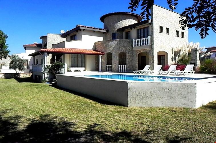 Villa Lebay